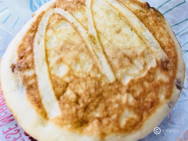「マックグリドル」のパンケーキ部分の写真です。