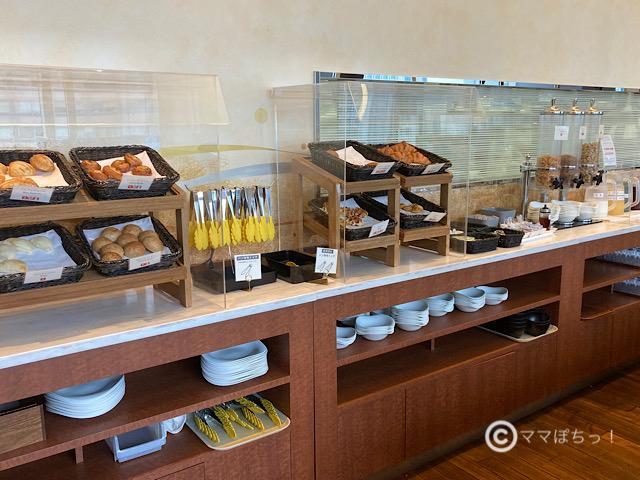 ホテルメトロポリタン丸の内「TENQOO(テンクウ)」の朝食ビュッフェの写真です。